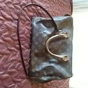 Authentic LOUIS VUITTON vintage speedy purse